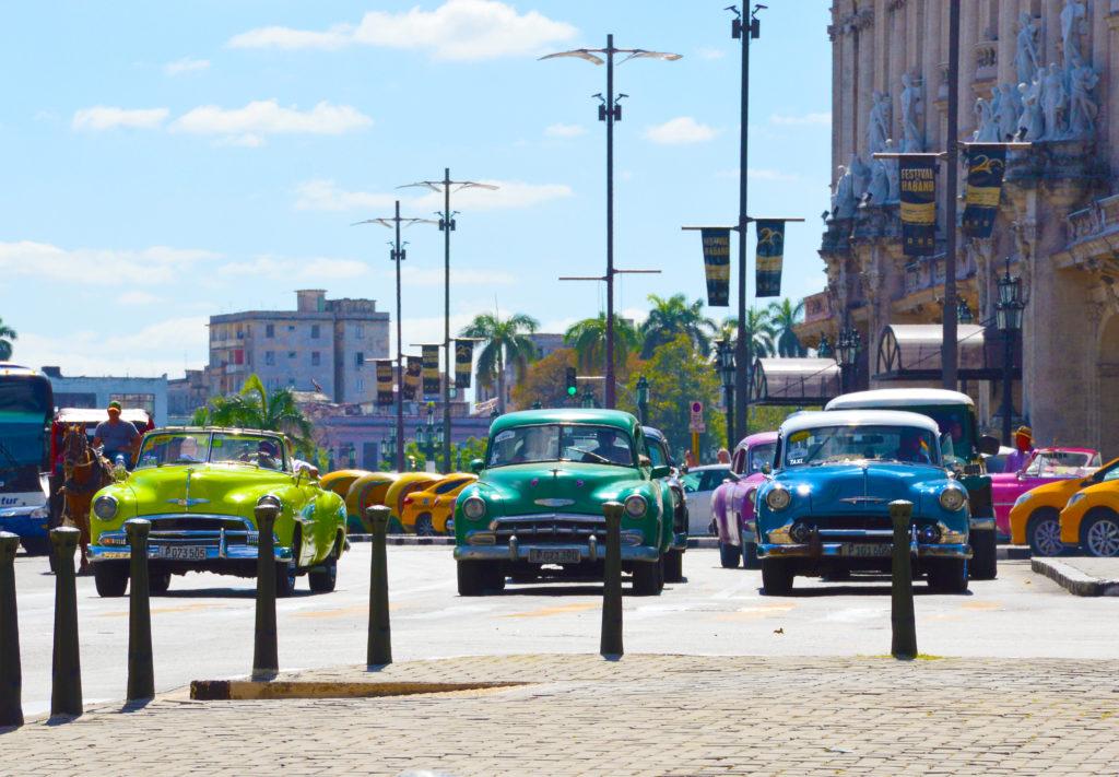 Kuba_Havana_Starodobniki